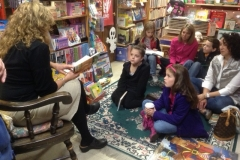 Author Tamra Wight reading to kids